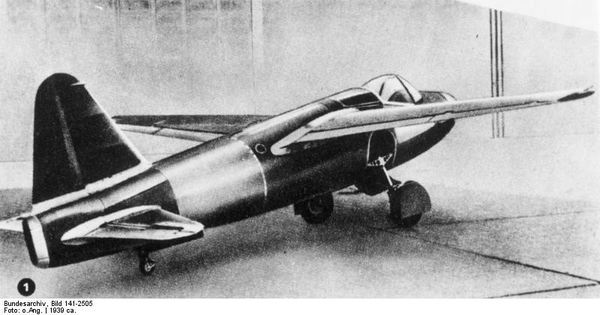 the heinkel he 178 the he 178 was the world s first turbojet aircraft    Heinkel He 178